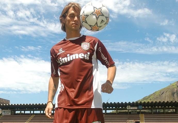 Sávio começou na Desportiva e retornou ao clube em 2008, já no fim da carreira (Foto: Gustavo Louzada/A Gazeta/Arquivo)