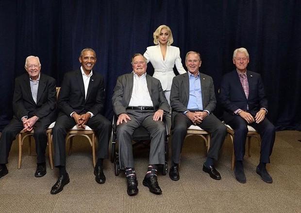 Lady Gaga e os 5 ex-presidentes dos EUA no One America Appeal (Foto: reprodução/instagram)
