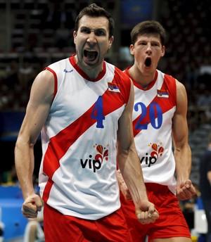 Sérvia x Polônia - Liga Mundial de vôlei (Foto: Reuters)