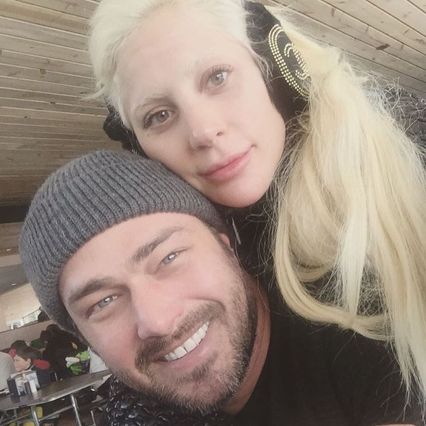 Lady Gaga e Taylor Kinney (Foto: Reprodução/Instagram)