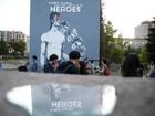 David Bowie recebe homenagem com enorme mural na Bósnia