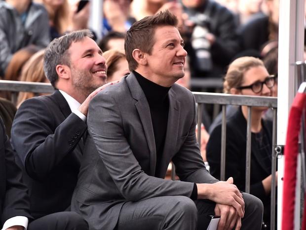 Diretor Denis Villeneuve e ator Jeremy Rennerem evento em Los Angeles, nos Estados Unidos (Foto: Alberto E. Rodriguez/ Getty Images/ AFP)