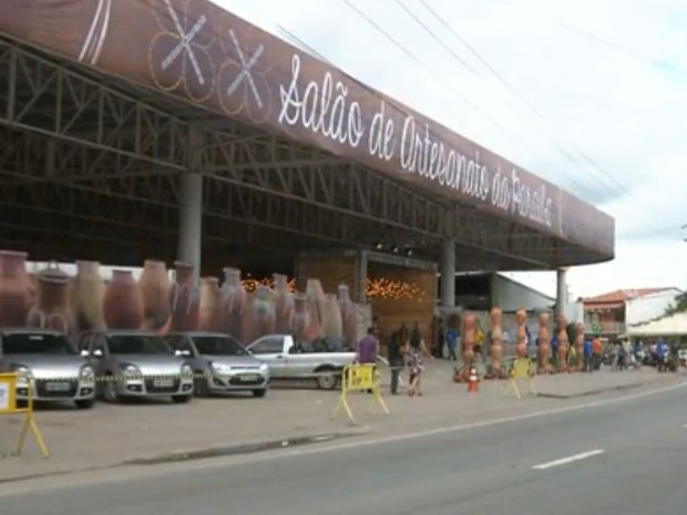 Salão do artesanato é aberto no São João de Campina Grande (Foto: Reprodução/TV Paraíba)