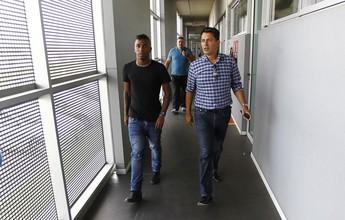 Grêmio apresentará Miller Bolaños às 18h desta quinta no auditório da Arena