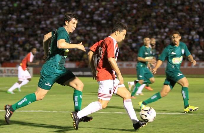 Guaru, meia-atacante do Botafogo-SP (Foto: Rogério Moroti/Ag. Botafogo)