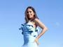 Anitta arrasa com look justinho em show