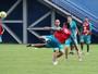 Silvinho destaca força do elenco da Chapecoense para evitar jogo da volta