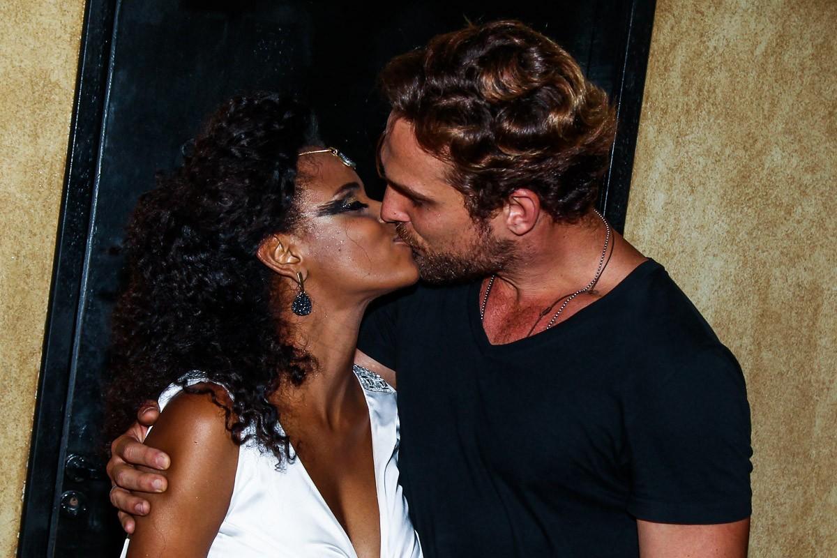 Igor Rickli e Aline Wirley (Foto: Manuela Scarpa/Photo Rio News)
