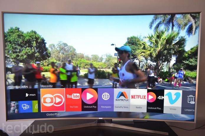 SMART TV Samsung exibe conteúdo 4K com sistema Tizen; rapidez no processamento e belas imagens (Foto: Melissa Cruz / TechTudo)