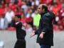 Sofrimento na reestreia: assistimos ao jogo ao lado de Ricardo Gomes