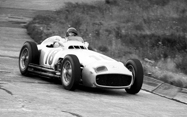Juan manuel fangio piloto fórmula 1mclaren nurburgring (Foto: Site Oficial)