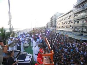 Cordão do Bola Preta promete arrastar multidão na Praia do Forte. em Cabo Frio.  (Foto: Horácio CF Zone/ Ascom)