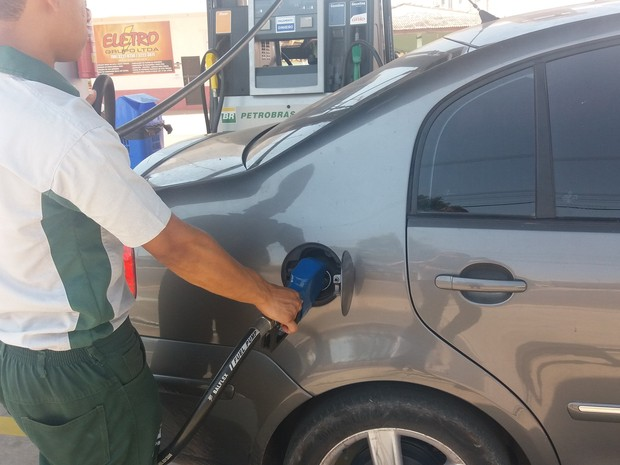 posto, gasolina, diesel, aumento, peço, macapá, amapá (Foto: Jéssica Alves/G1)
