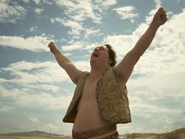 Ariel Goldenberg em cena do filme 'Colegas' (Foto: Divulgação)