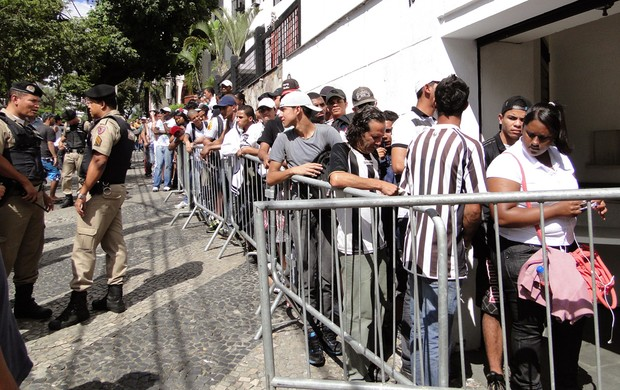 Venda de ingressos Atlético-MG (Foto: Tarcísio Badaró / Globoesporte.com)