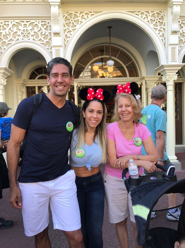 Mulher Melão na Disney  (Foto: Reprodução/Instagram)
