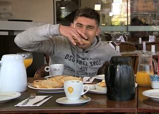 Alex inter café com a duda (Foto: Reprodução/RBS TV)