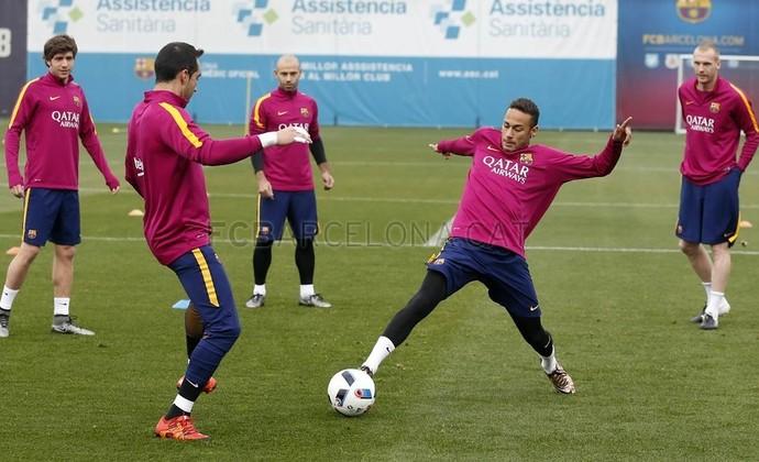 Neymar no treino do Barcelona (Foto: Site oficial Barcelona)
