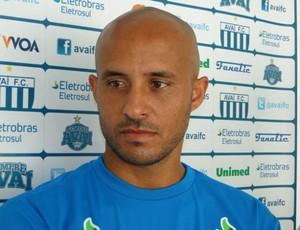 Leandro Silva, Avaí (Foto: Divulgação / Site oficial)