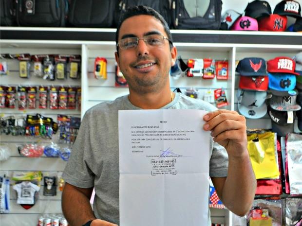 Empresário diz que prefere o caixão ao invés de perder dinheiro (Foto: Adelcimar Carvalho/G1)