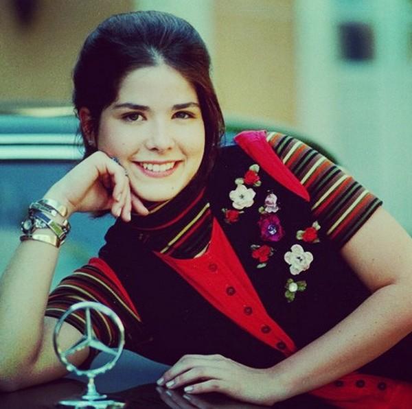 Samara Felippo estreou aos 17 anos de idade em uma novela  (Foto: Reprodução / Instagram)