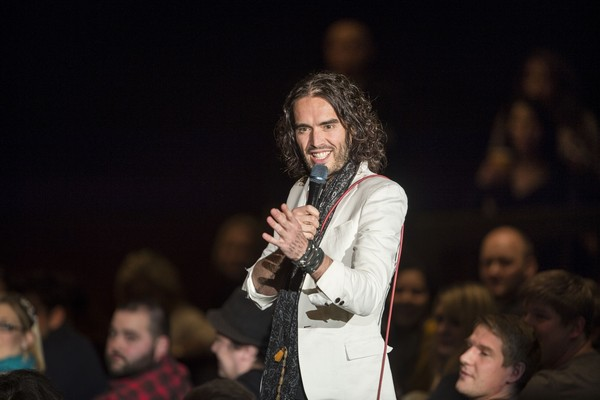 O ator e cantor inglês Russel Brand (Foto: Getty Images)