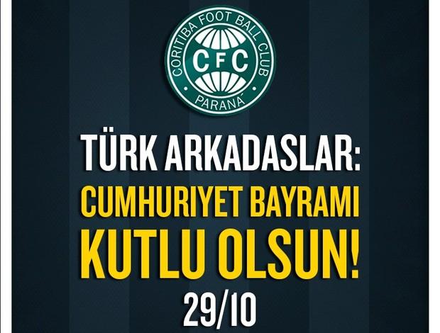 Escudo Coritiba Turquia homenagem ao dia da República (Foto: reprodução/Site oficial do Coritiba)
