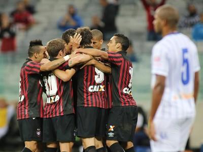 Atlético-PR Nacional-PR (Foto: Giuliano Gomes/PR PRESS)