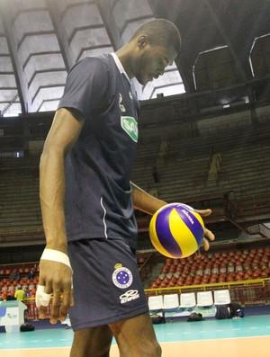 Isac Cruzeiro (Foto: Alexandre Arruda/CBV)