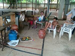 Famílias estão abrigadas em escolas municipais (Foto: Rodrigo Grando/ TV Morena)