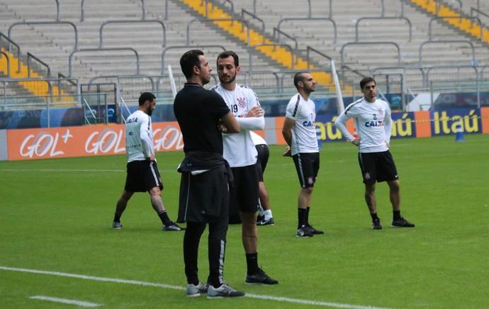 Edu Dracena e Edu Gaspar em treino do Corinthians (Foto: Tomas Hammes Rodrigues)