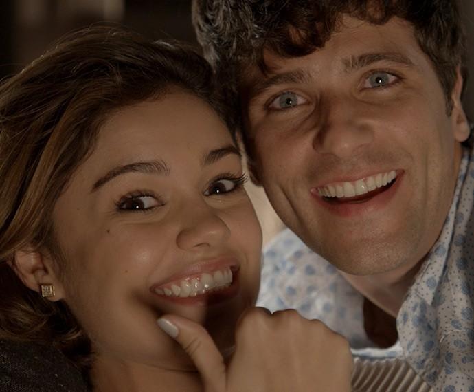 Sophie Charlotte e Bruno Gagliasso em momento de descontração (Foto: TV Globo)