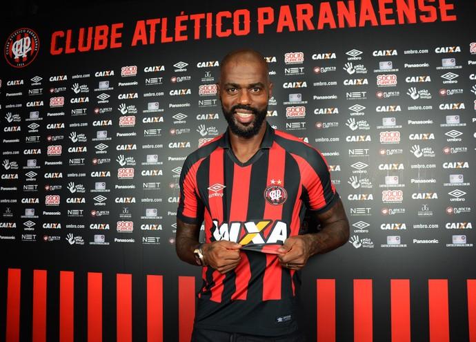 Grafite Atlético-PR (Foto: Site oficial do Atlético-PR/Marco Oliveira)