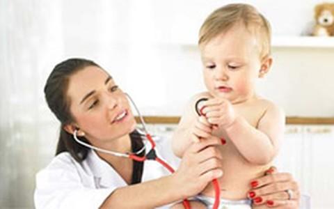Check-up do bebê: confira testes e exames necessários