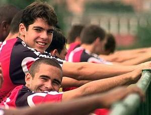 Renatinho em treino pelo São Paulo junto com Kaká (Foto: Globoesporte.com)