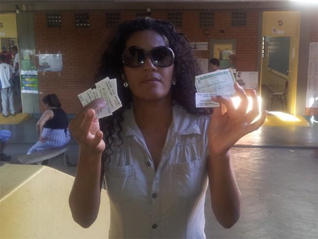 Cláudia Helena, quase ficou sem votar e Ribeirão Preto por causa de erro de mesários (Foto: Amanda Pioli/G1)