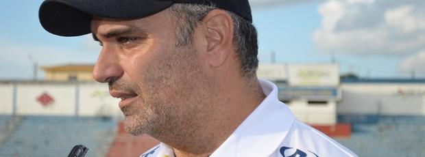 Eduardo Clara, técnico do São Carlos (Foto: Nikolas Capp/ Globoesporte.com)