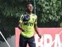 Galo planeja arcar com R$ 40 mil de multa para ter Cazares na Libertadores