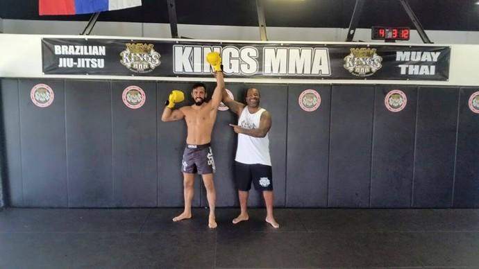 Pepey e Rafael Cordeiro Kings MMA (Foto: Arquivo Pessoal)