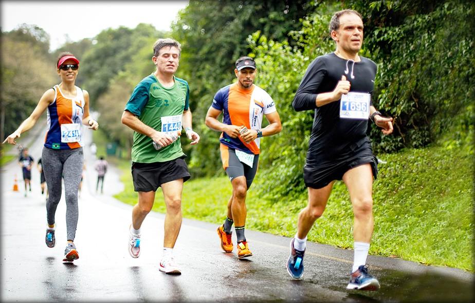 Crítica sobre peso estimula empresário a emagrecer 30kg e correr maratonas