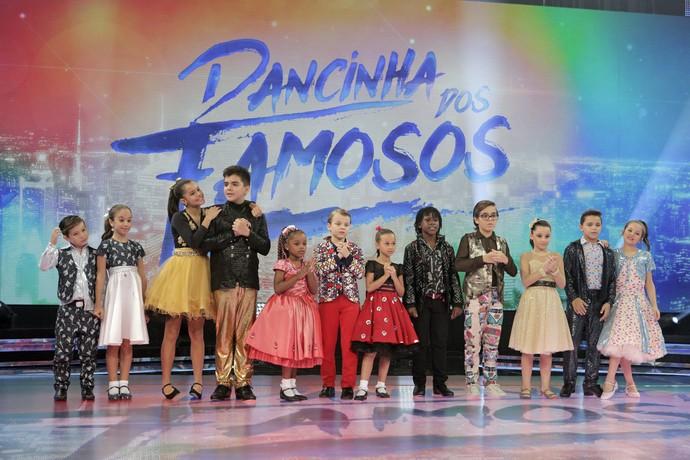 A criançada arrasa ao som de muito rock no 'Dancinha dos Famosos' (Foto: Inácio Moraes/Gshow)