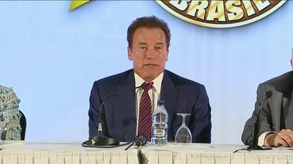Arnold Schwarzenegger é a estrela de evento multiesportivo em São Paulo