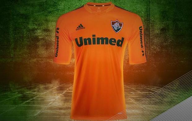 Fornecedor divulga em site imagem da camisa laranja do Fluminense ... 93f92f0692346