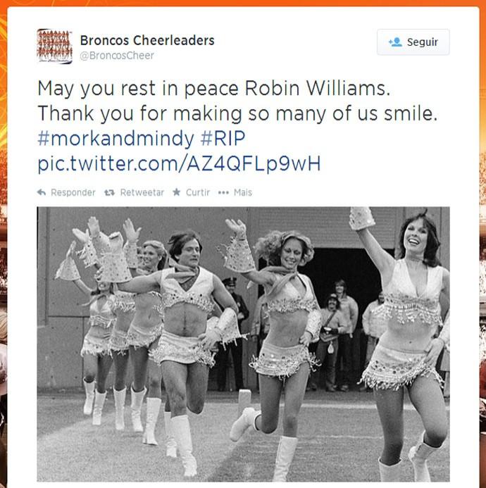 Reprodução Twitter Robin Williams Denver Broncos cheerleader (Foto: Reprodução / Twitter)