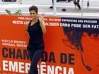 Halle Berry recebe a imprensa para divulgar novo filme no Rio