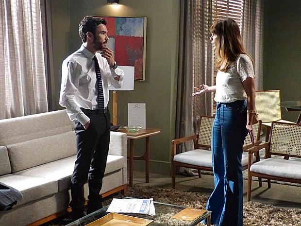 Pedro questiona Danielle sobre Maurílio (Foto: Fabio Rosso/Gshow)