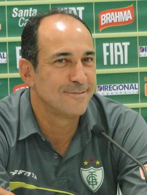 Vinícius Eutrópio técnico América-MG (Foto: Tarcísio Badaró / Globoesporte.com)