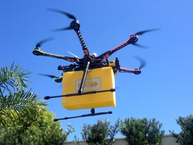 Empresário testa uso de drone para entregar produtos da padaria em São Carlos (Foto: Tom Ricetti/Arquivo pessoal)