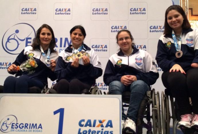 esgrima paralímpica Mônica Santos (Foto: Divulgação / CPB)