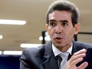 Ari Ferreira de Queiroz, juiz de Goiânia, Goiás aposentado pelo CNJ (Foto: Weimer Carvalho/O Popular)
